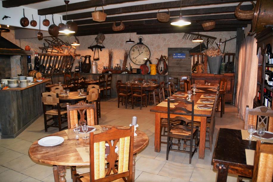 Où manger à Carcassonne (Pieusse) ? A la Taverne à Bacchus
