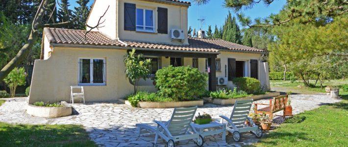 Villa à vendre à 10 minutes de Carcassonne – vidéo drone