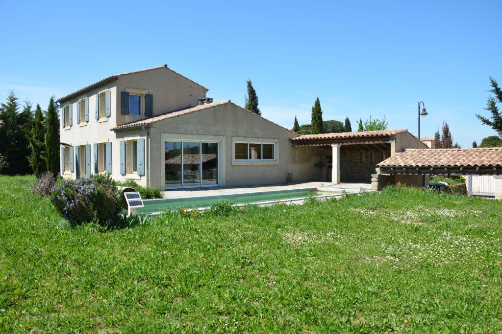 Villa avec piscine à Carcassonne - lac de la Cavayère - piscine et jardin