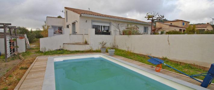 Dans l'œil du drone – Villa avec piscine à 30 min de Carcassonne